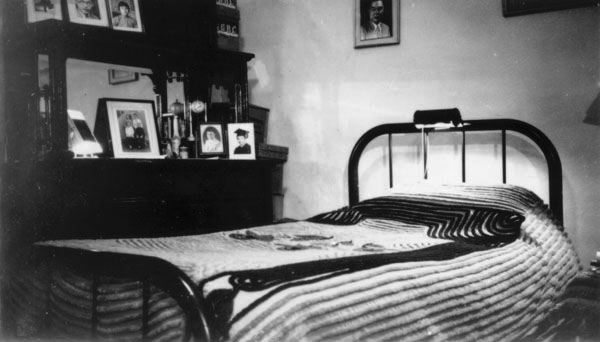 1940s hotel room interior - Google Search | FMP - Asset Reference ...